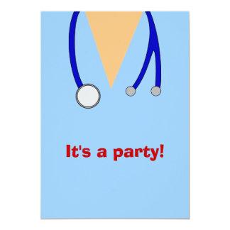 Krankenpflege-SchulAbschluss-Party scheuert sich 12,7 X 17,8 Cm Einladungskarte