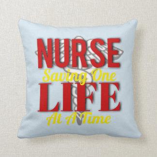 Krankenschwester-Leben Kissen