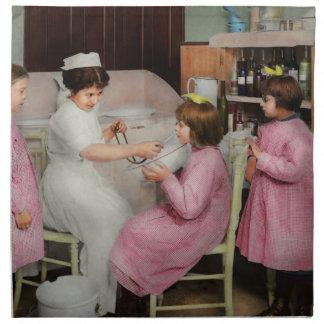 Krankenschwester - Spielen von Krankenschwester Stoffserviette