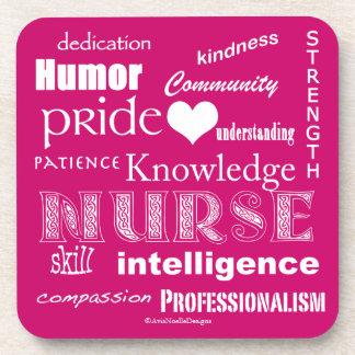 Krankenschwester Stolz-Attribute/Himbeerrosa Getränkeuntersetzer