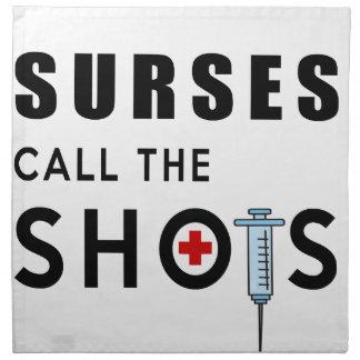 Krankenschwestern nennen die Schüsse Serviette