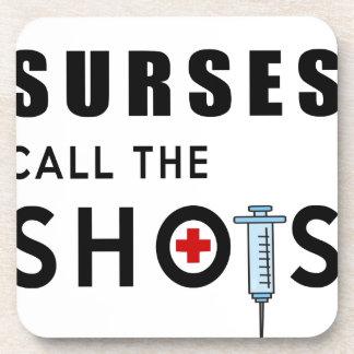 Krankenschwestern nennen die Schüsse Untersetzer