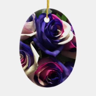 Krawatten-Rosen: Weiß, rosa und lila Keramik Ornament