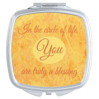Kreis des Leben-Vertrags-Spiegels Taschenspiegel