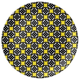 Kreis von neun durch Kenneth Yoncich Teller