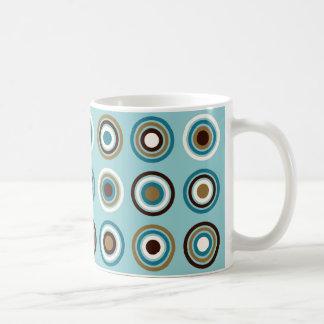Kreise in Ring-Knickenten-Brownsahnegold Kaffeetasse