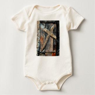 Kreuz der Stärke Baby Strampler