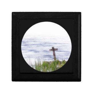 Kreuz durch Fluss Erinnerungskiste