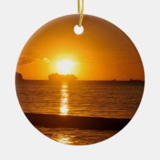 Kreuzfahrt am Sonnenuntergang Keramik Ornament