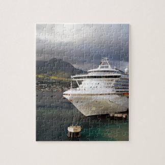 Kreuzschiff im Hafen Puzzle