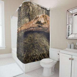Krokodil in Ihrer Dusche! Duschvorhang