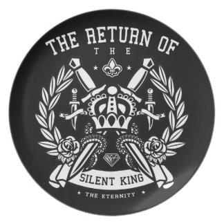 Krone und Schwerter die Rückkehr des stillen Teller