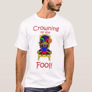 Krönen des Dummkopf-T - Shirt