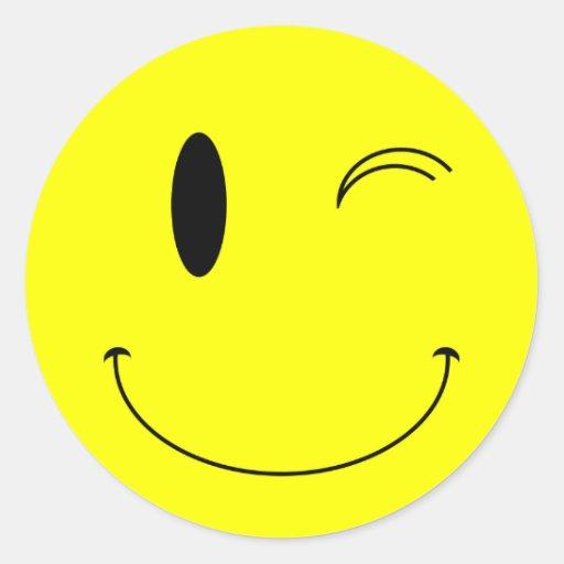 KRW-Gelb, das Smiley blinzelt Runder Sticker