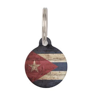 Kuba-Flagge auf altem hölzernem Korn Tiermarken Mit Namen