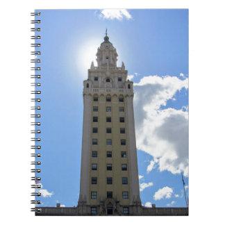 Kubanischer Freiheits-Turm in Miami 4 Spiral Notizblock