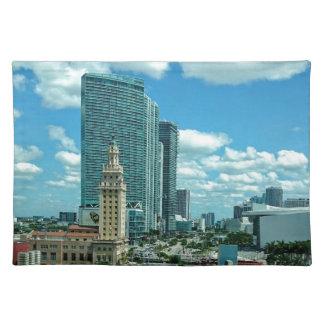 Kubanischer Freiheits-Turm in Miami 5 Stofftischset