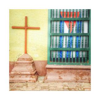 Kubanisches Flaggen-Fenster in Trinidad Leinwanddruck