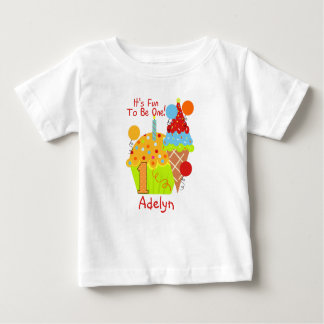 Kuchen-und Eiscreme-Spaß, zum ein 1. Geburtstag zu Baby T-shirt