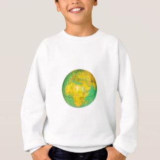Kugel mit der Planetenerde abgeschieden auf Weiß Sweatshirt