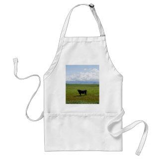 Kuh auf einem Gebiet Schürze