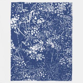 Kuh-Petersilie Cyanotype Art Fleecedecke