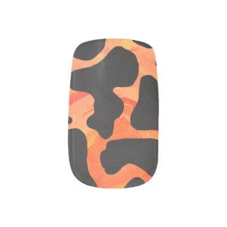 Kuh-schwarzer und orange Druck Minx Nagelkunst
