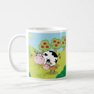 Kühe auf der Bauernhof-Tasse (Doppeltes versah) Kaffeetasse