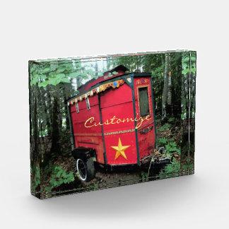 Kundengebundener kleiner Wohnwagen des roten Sinti Acryl Auszeichnung