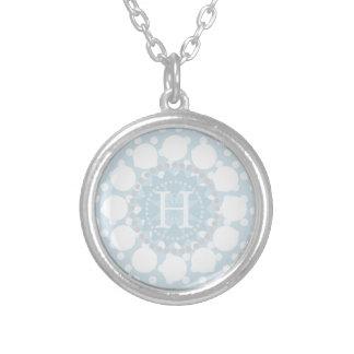 Kundengerechte Monogramm-Tupfen-Halskette Versilberte Kette