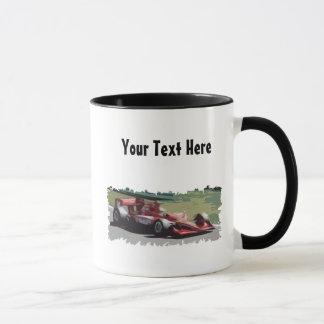 Kundengerechter Rennwagen mit Hintergrund Tasse