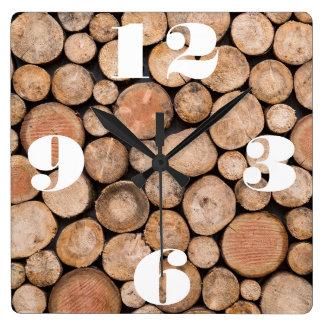 Kundengerechter Stapel Holz Quadratische Wanduhr