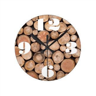 Kundengerechter Stapel Holz Runde Wanduhr