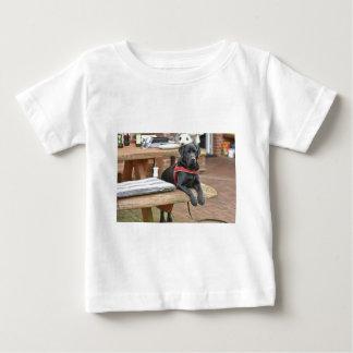 Kundengerechtes schwarzes Labrador retriever Baby T-shirt
