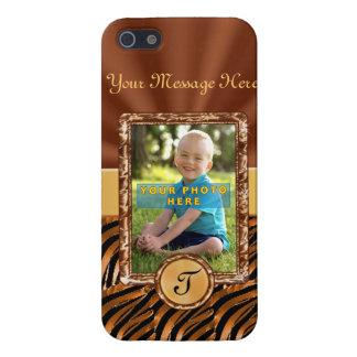 Stöber in unseren iphone 6 Hüllen mit Deinen Initalien und gestalte so Deine persönliches Cover, wie nur Du es hast. Wähle aus verschiedenen Farben, Motiven und Modellen.