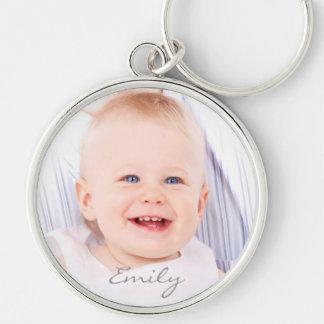 Kundenspezifischer Fotobabymädchen-Name Silberfarbener Runder Schlüsselanhänger