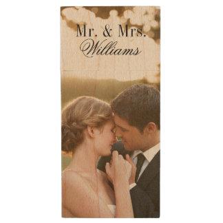 Kundenspezifischer Hochzeits-Foto-Monogramm Holz USB Stick 2.0