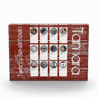 Kundenspezifischer rustikaler Foto-Kalender 2017 Fotoblock