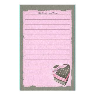 Kundenspezifischer Valentinsgruß-Herz-Kasten auf Briefpapier