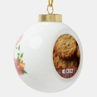 Kundenspezifischer Yummy backender bester Koch #1 Keramik Kugel-Ornament