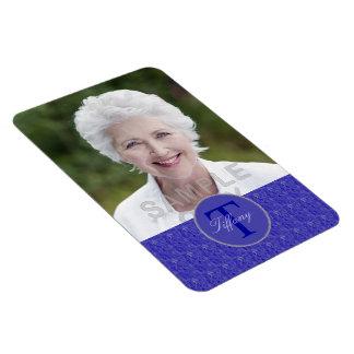 Kundenspezifisches Foto-lila Webart-Monogramm Magnet