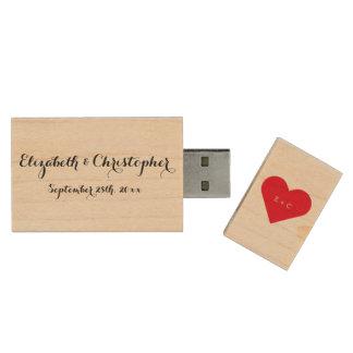 Kundenspezifisches Hochzeits-Namen-Monogramm-Herz Holz USB Stick
