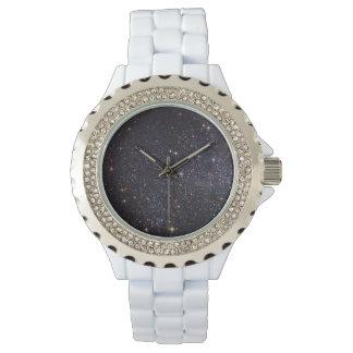 Kundenspezifisches Rhinestone-Weiß-Email Uhr