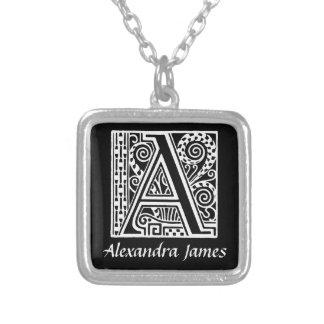 Kunst-Deko-Art eine Monogramm-Initiale Halskette Mit Quadratischem Anhänger