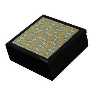 Kunst-Deko-Flair - erste Veränderung Geschenkbox