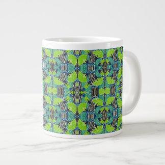 Kunst-Deko-Muster - tropische Grüntöne und Blues Jumbo-Tasse