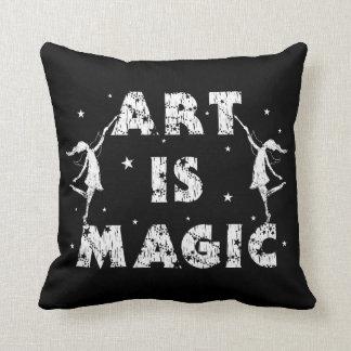 Kunst-Feen: Kunst ist magisch (Schwarzes) Kissen
