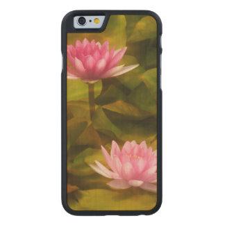 Künstlerische Wasserlilien, Kalifornien Carved® iPhone 6 Hülle Ahorn