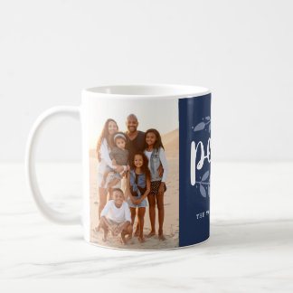 Kunstvolles Blau der Kaffeetasse
