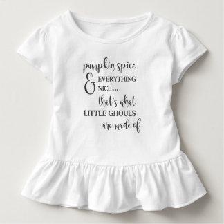 Kürbis-Gewürz und alles Nizza Rüsche-T-Stück Kleinkind T-shirt